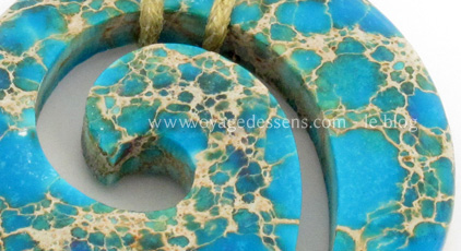Pendentif Moari magnesite - Escale Sensorielle